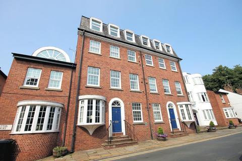 2 bedroom penthouse - Tatton Court, King Street, Knutsford
