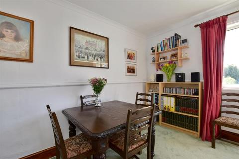 4 bedroom terraced house to rent - School Lane Sutton Valence ME17