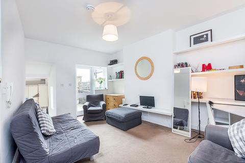 2 bedroom apartment to rent - Harrow Road, Kensal Green, NW10