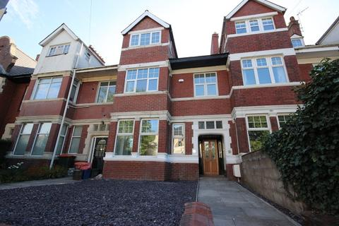 5 bedroom terraced house for sale - Stow Park Avenue, Newport. NP20 4FL