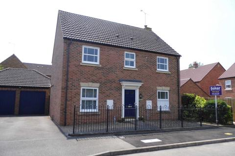 4 bedroom detached house - Fairford Leys