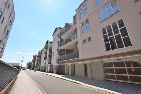 2 bedroom flat for sale - Lower Canal Walk, Southampton, SO14 3JQ
