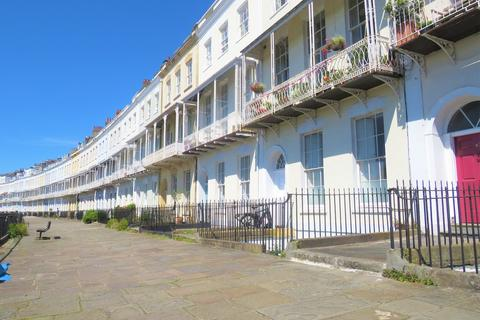 2 bedroom apartment to rent - Clifton, Royal York Crescent, BS8 4JS