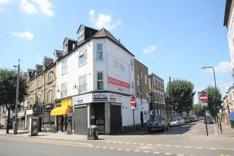Property to rent - Hoe Street, Walthamstow, London