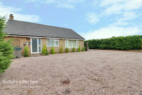 4 bedroom detached bungalow for sale - Tavistock Place, Stoke-On-Trent