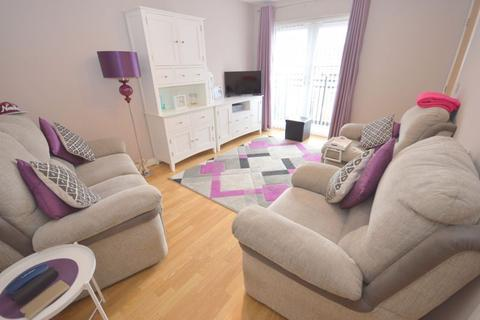 2 bedroom apartment for sale - Greenock Mews, Widnes
