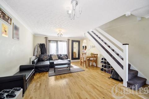 3 bedroom detached house for sale - Myddelton Road, N8