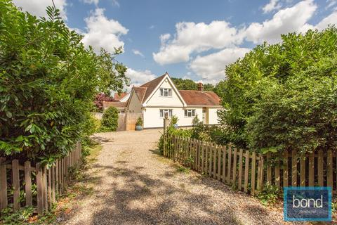 4 bedroom detached house for sale - The Ridge, Little Baddow, CM3