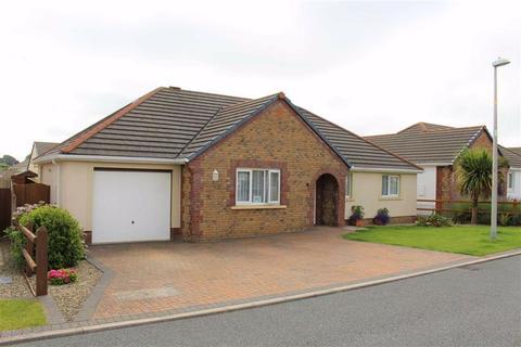 3 bedroom detached bungalow for sale - Gibbas Way, Pembroke