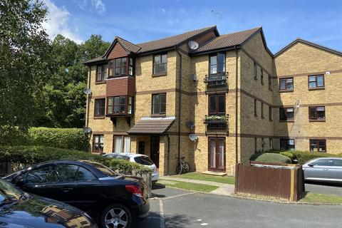 2 bedroom apartment for sale - Longacre Road, Ashford