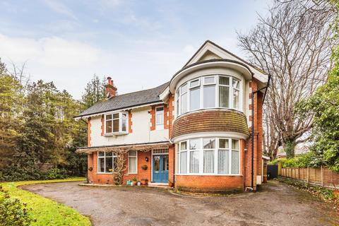 3 bedroom apartment to rent - St Winifreds Road, Meyrick Park, Bournemouth, BH2