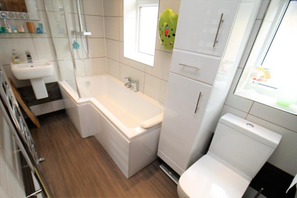 Bathroom/w.c.