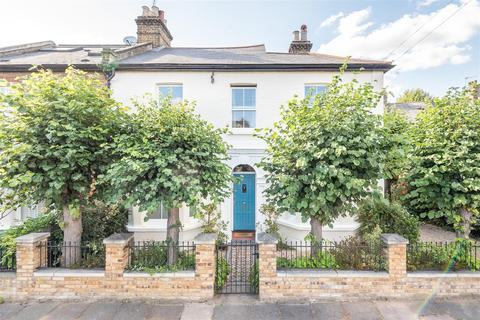 3 bedroom semi-detached house for sale - Rothschild Road, London, W4