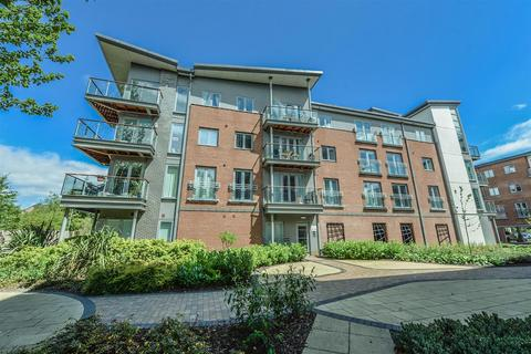 2 bedroom flat for sale - Worsdell Drive, Midlothian Court, Gateshead