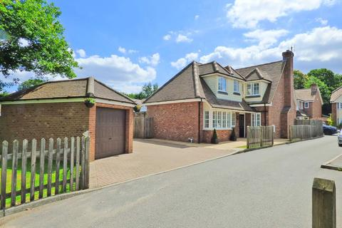 4 bedroom detached house for sale - Nine Oaks Court, Kingswood, Maidstone