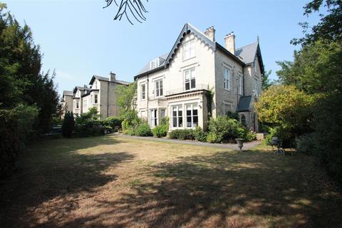 2 bedroom apartment to rent - Levenhurst, Altrincham, WA14 2NQ.