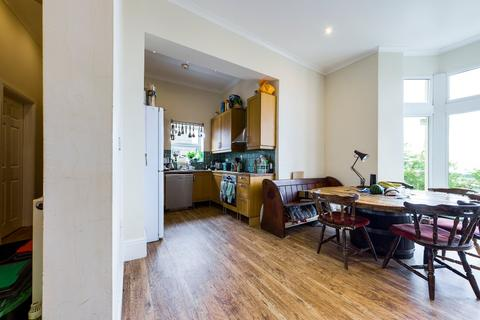 3 bedroom flat for sale - Cromwell Street , Mount Pleasant, Swansea, SA1 6EZ