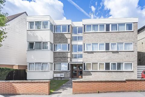 2 bedroom flat for sale - Clarence Road, Bowes Park