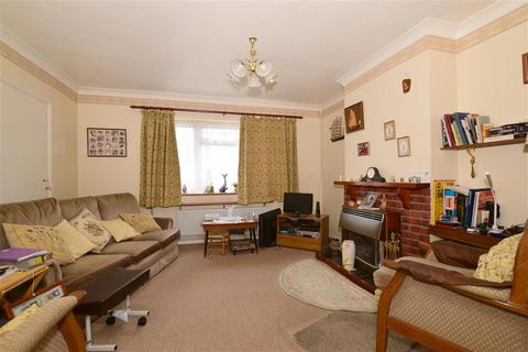 3 bedroom semi-detached house for sale - Cumbrian Avenue, Barnehurst, Kent