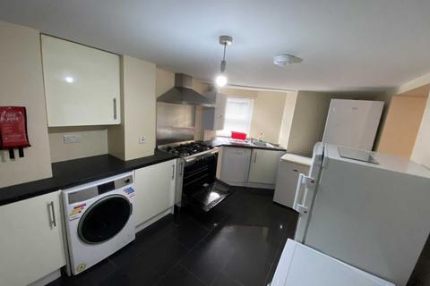 6 bedroom flat to rent - Wilmslow Road, Manchester