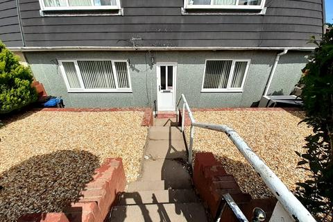 2 bedroom apartment for sale - Tredegar Road, Ebbw Vale, Gwent, NP23