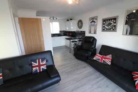 1 bedroom apartment to rent - OCEANS CRESCENT