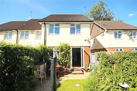 3 bedroom end of terrace house for sale - Tebbutt Court, Burnham Green, Welwyn, Hertfordshire