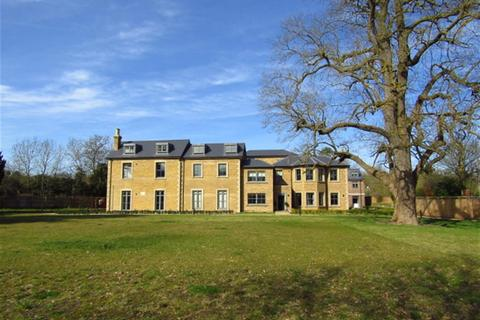 3 bedroom apartment for sale - Crown House, Crown Drive, Farnham Royal, Berkshire, SL2 3EE