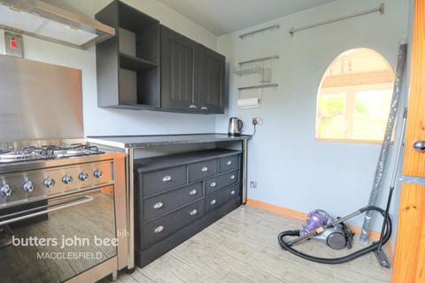 3 bedroom townhouse for sale - Warwick Road, Macclesfield
