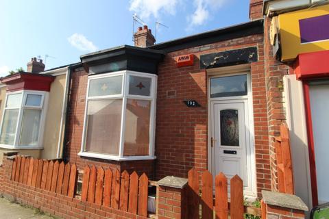 2 bedroom terraced house to rent - St Leonard Street, Sunderland, SR2