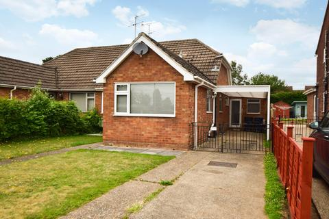 3 bedroom bungalow for sale - Nursery Road, Taplow, SL6
