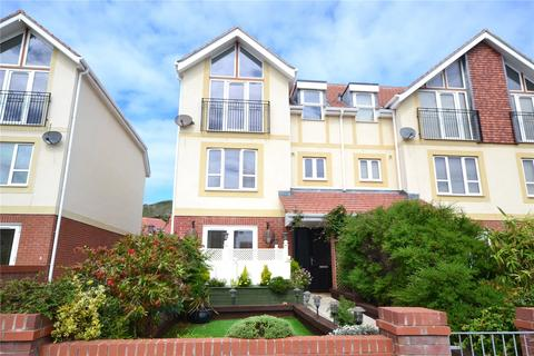 3 bedroom terraced house for sale - Kennington Court, Lloyd Street, Llandudno, LL30