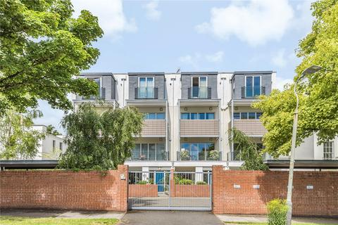 4 bedroom end of terrace house for sale - Vittoria Walk, Cheltenham, Gloucestershire, GL50