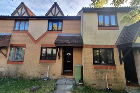 2 bedroom terraced house to rent - Trentishoe Crescent, Furzton, Milton Keynes, MK4