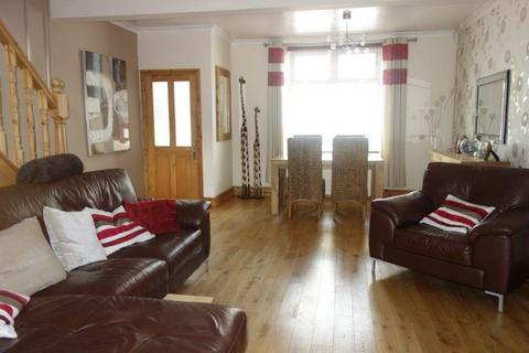 3 bedroom end of terrace house to rent - Regent Street, Treorchy