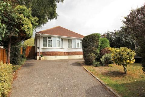 3 bedroom detached bungalow for sale - Devon Road, Oakdale, POOLE, Dorset