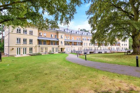 2 bedroom apartment to rent - Copper Beech House, Heathside Crescent, Woking, GU22