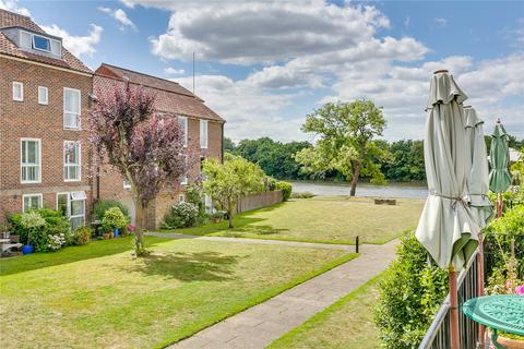 5 bedroom terraced house for sale - Chiswick Staithe, Hartington Road, London