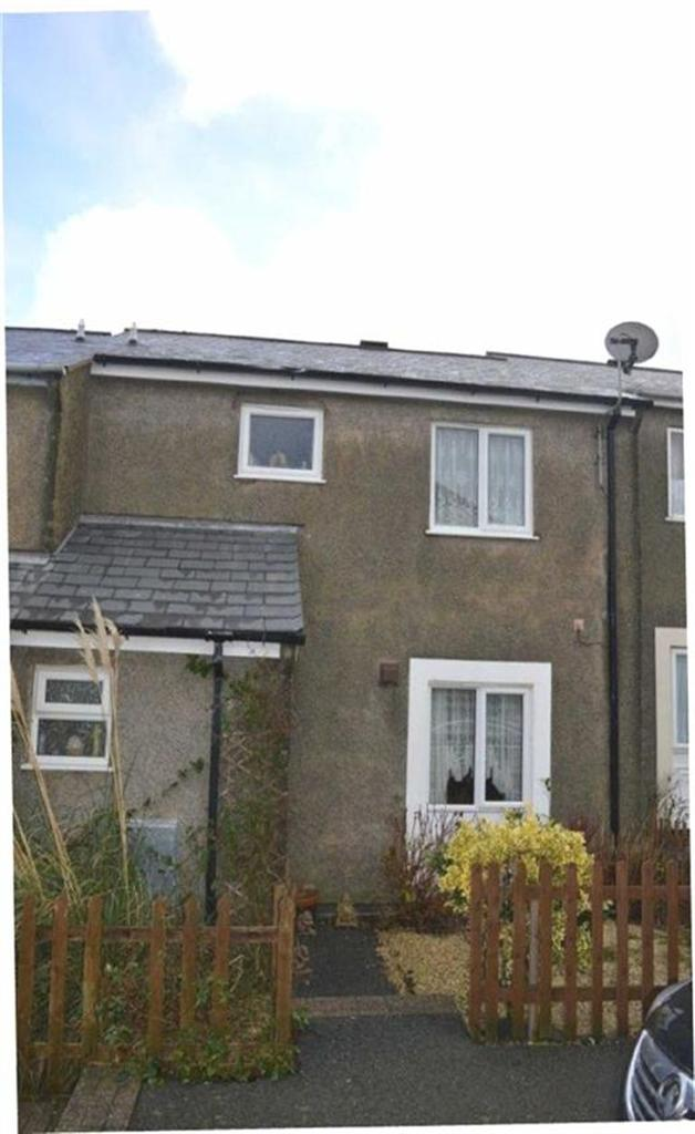 3 Bedrooms Semi Detached House for sale in 27, Pen Morfa, Tywyn, Gwynedd, LL36