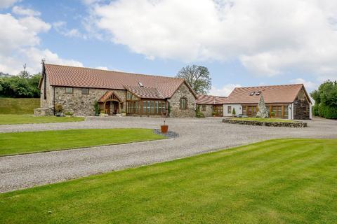 5 bedroom equestrian property for sale - Plas Yw Road, Nannerch, Mold, Clwyd
