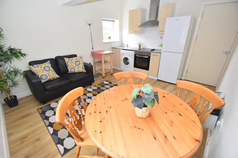 1 bedroom flat to rent - Romilly Road, ,