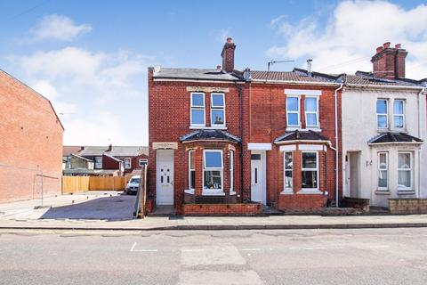 3 bedroom end of terrace house to rent - Bath Street, Inner Avenue