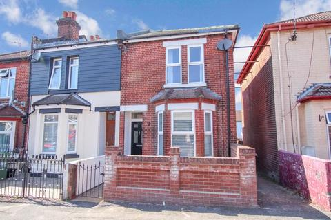 3 bedroom end of terrace house for sale - Mortimer Road, Itchen