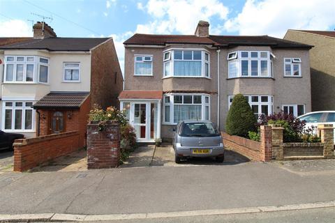 4 bedroom semi-detached house for sale - Park Crescent, Hornchurch