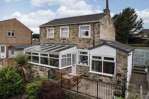 2 bedroom detached house for sale - Low Fold, Kirkheaton, Huddersfield