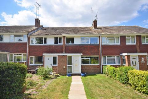 3 bedroom terraced house for sale - Buttermer Close, Wrecclesham, Farnham