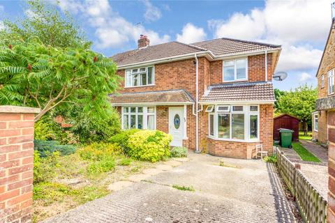 3 bedroom semi-detached house for sale - Ashbury Drive, Tilehurst, Reading, Berkshire, RG31