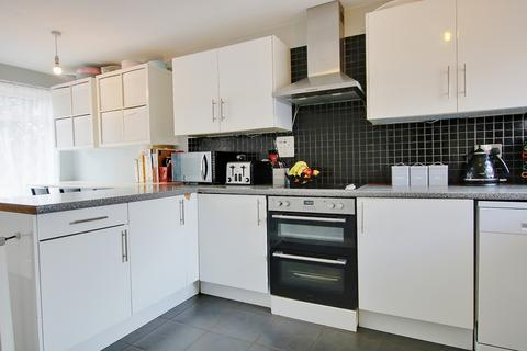 3 bedroom semi-detached house for sale - KITCHEN/DINER! BEAUTIFUL LOUNGE! FRONT & REAR GARDEN!