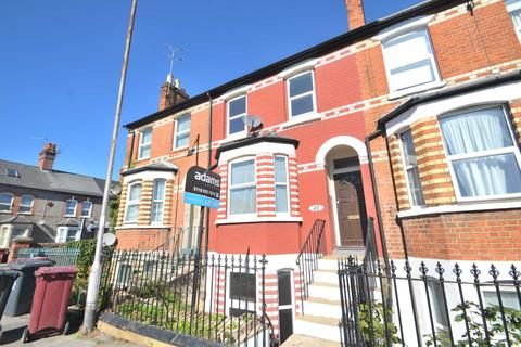 4 bedroom terraced house to rent - Battle Street, Reading