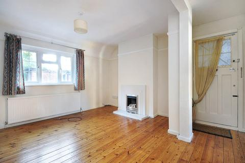 2 bedroom flat for sale - Derby Lodge, East End Road N3